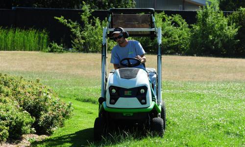 Buffalo 100 BVHP2 : Ride-on mowers Etesia